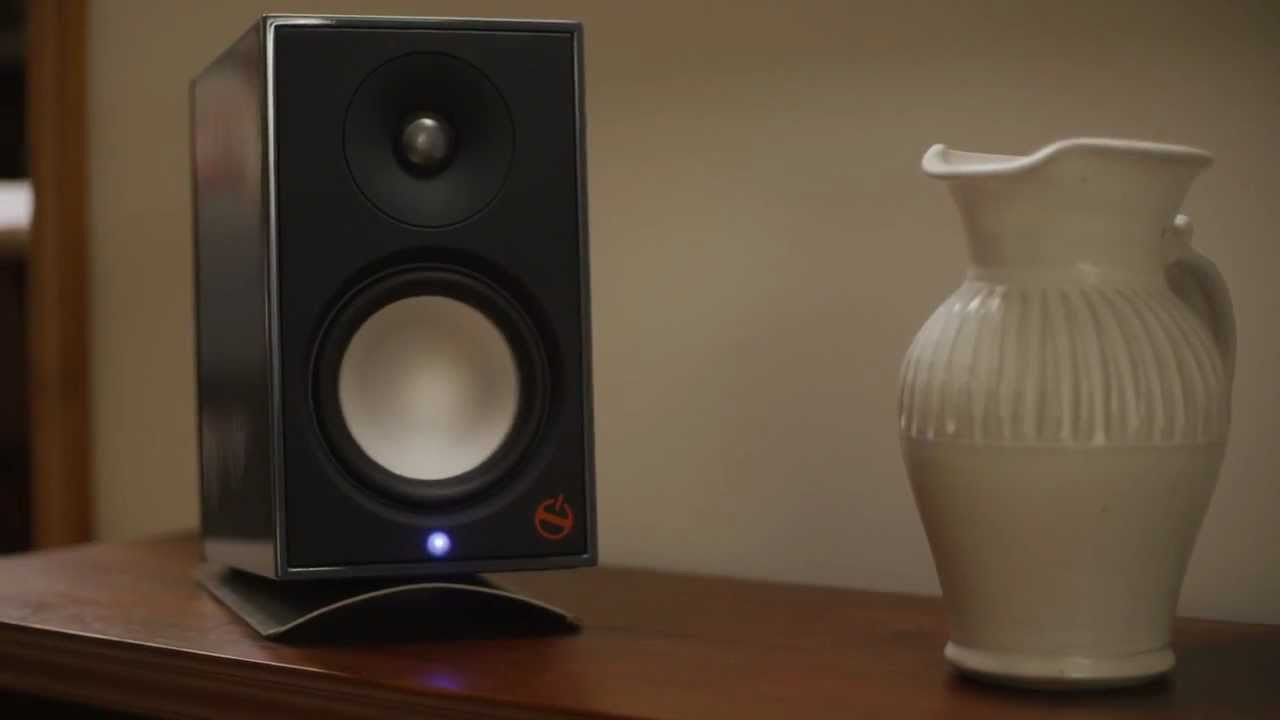 A2 Powered Bookshelf Speaker - Paradigm